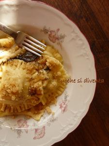 ravioli pere e gorgonzola